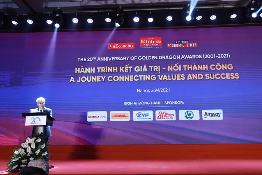 Tổng biên tập Tạp chí Kinh tế Việt Nam, ông Chử Văn Lâm phát biểu tại Gala kỷ niệm 20 năm chương trình Rồng Vàng