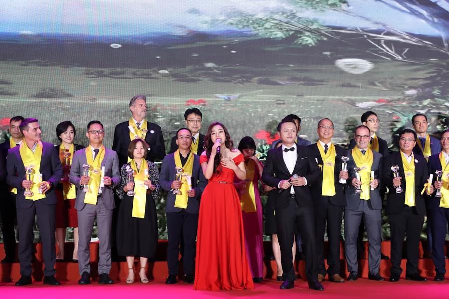Toàn cảnh Gala 20 năm chương trình Rồng Vàng - Ảnh 8