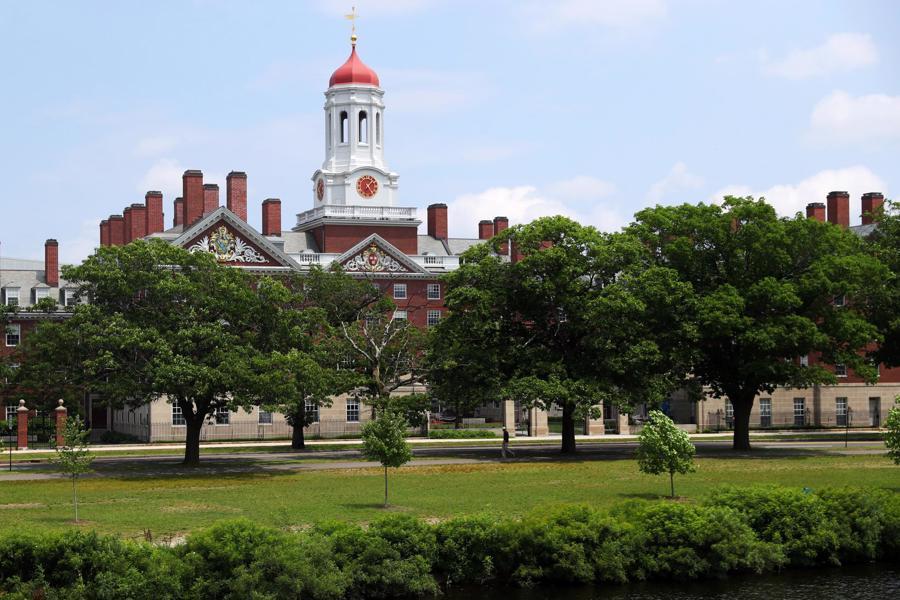 Đại học nào sản sinh nhiều tỷ phú nhất thế giới? - Ảnh 1