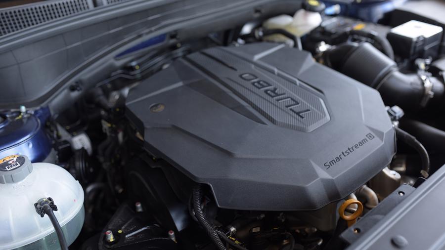 Hyundai Santa Fe 2021 động cơ
