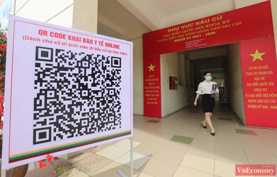Tổng Bí thư Nguyễn Phú Trọng bỏ phiếu bầu cử, hòa chung ngày hội của toàn dân - Ảnh 3