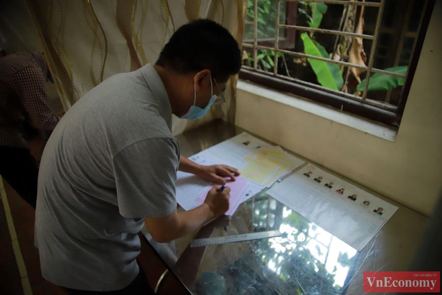 Giữa tâm dịch Bắc Ninh, ngày hội bầu cử diễn ra trang trọng, an toàn - Ảnh 3