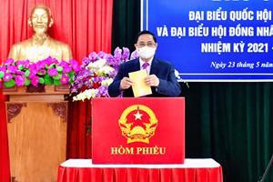 Tổng Bí thư, Chủ tịch nước, Chủ tịch Quốc hội và Thủ tướng Chính phủ hoàn thành bỏ phiếu bầu cử - Ảnh 1