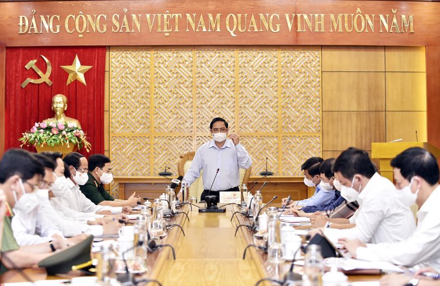 Thủ tướng Chính phủ Phạm Minh Chính phát biểu tại cuộc làm việc với tỉnh Bắc Giang chiều 29/5- Ảnh: VGP/Nhật Bắc.