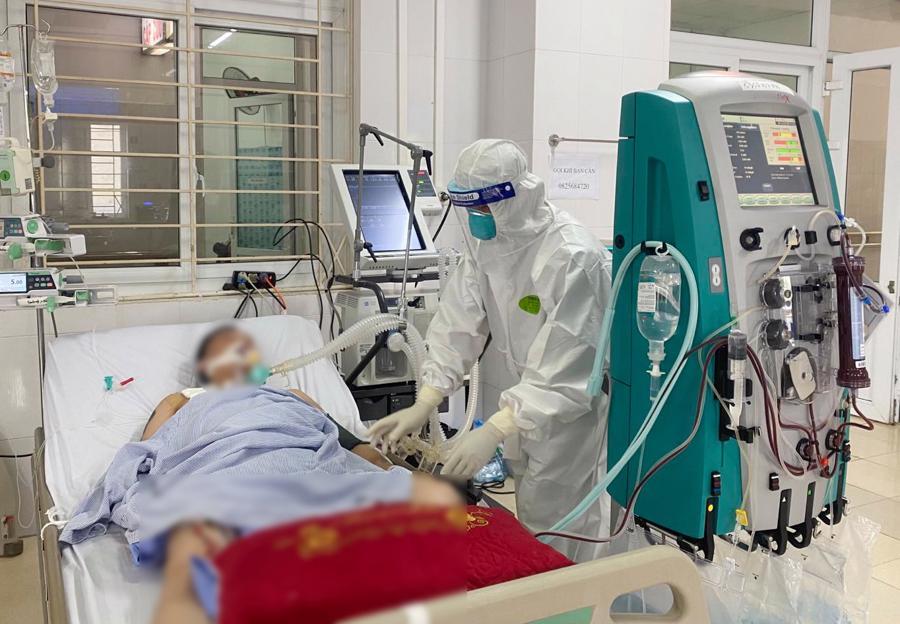 Theo chân bác sỹ Bệnh viện Chợ Rẫy tại tâm dịch Bắc Giang - Ảnh 6