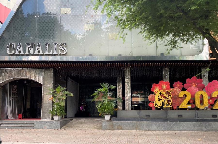 Một nhà hàng lớn ở trung tâm TP.HCM cũng đóng cửa theo quy định.