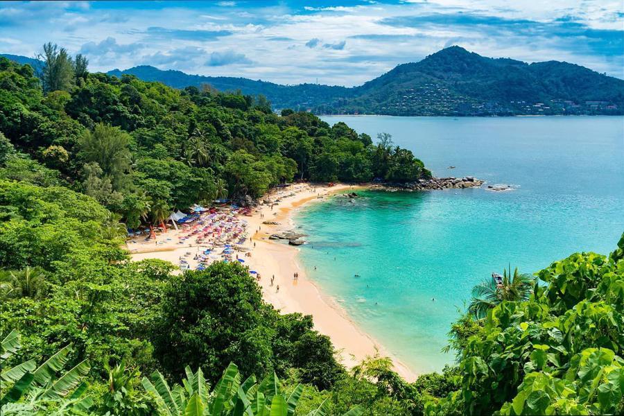 Nếu khách ngoại quốc được phép đến Phuket, có khả năng lượng khách du lịch nội địa sẽ giảm do lo ngại nguy cơ lây nhiễm.