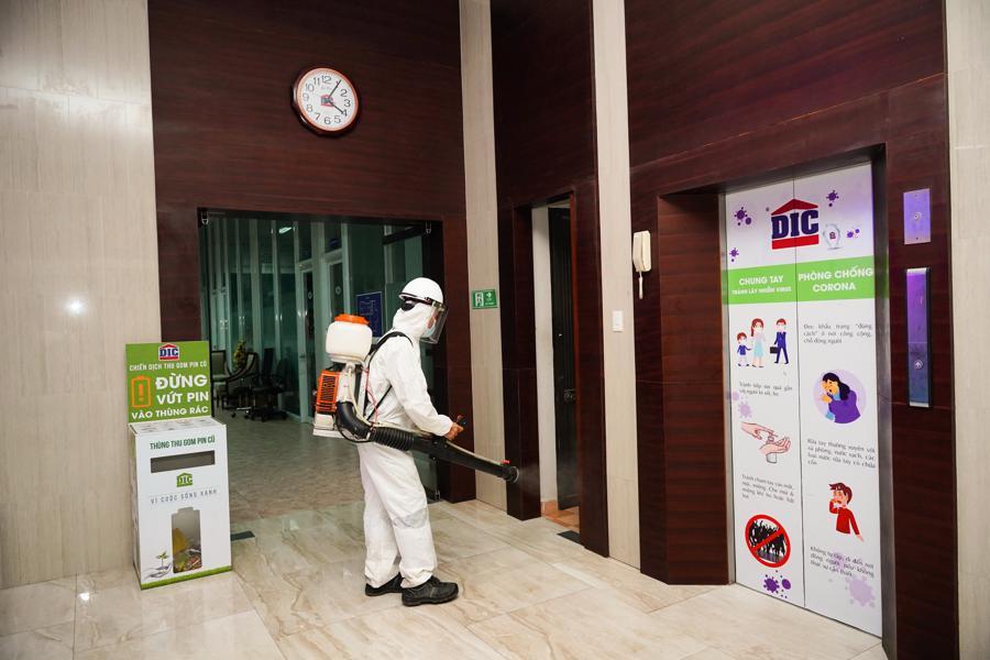 Triển khai phun khử khuẩn tại trụ sở Tập đoàn DIC.
