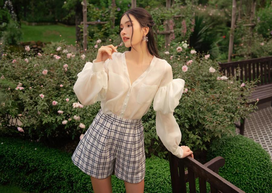 """Chọn trang phục hè theo phong cách """"nàng thơ"""" cùng Á hậu Phương Anh - Ảnh 2"""