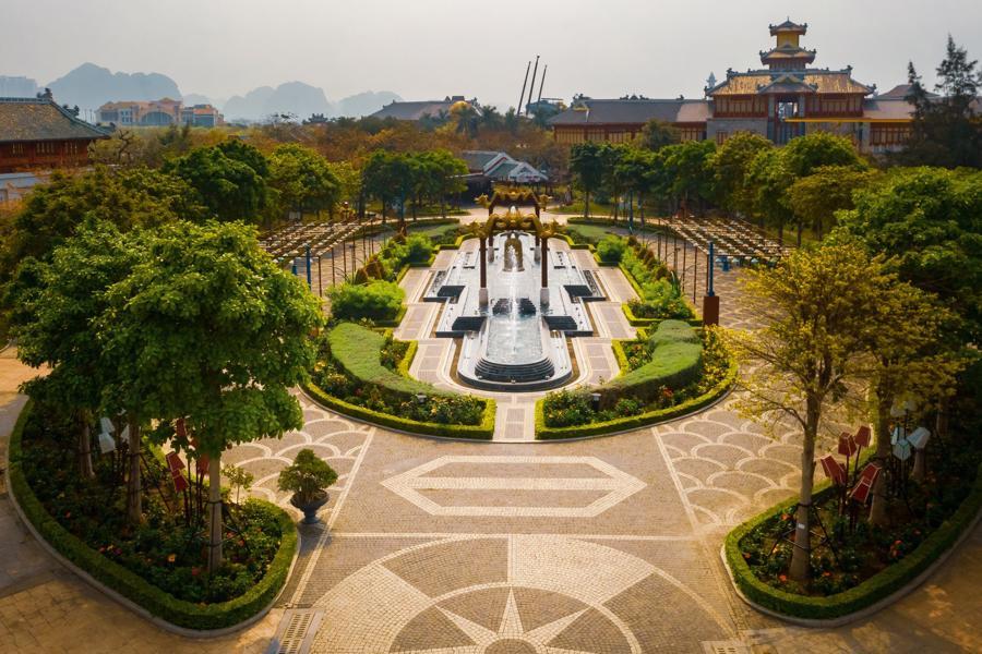 Nhiều điểm du lịch tại Quảng Ninh đã mở cửa trở lại nhưng chưa có du khách ghé thăm.
