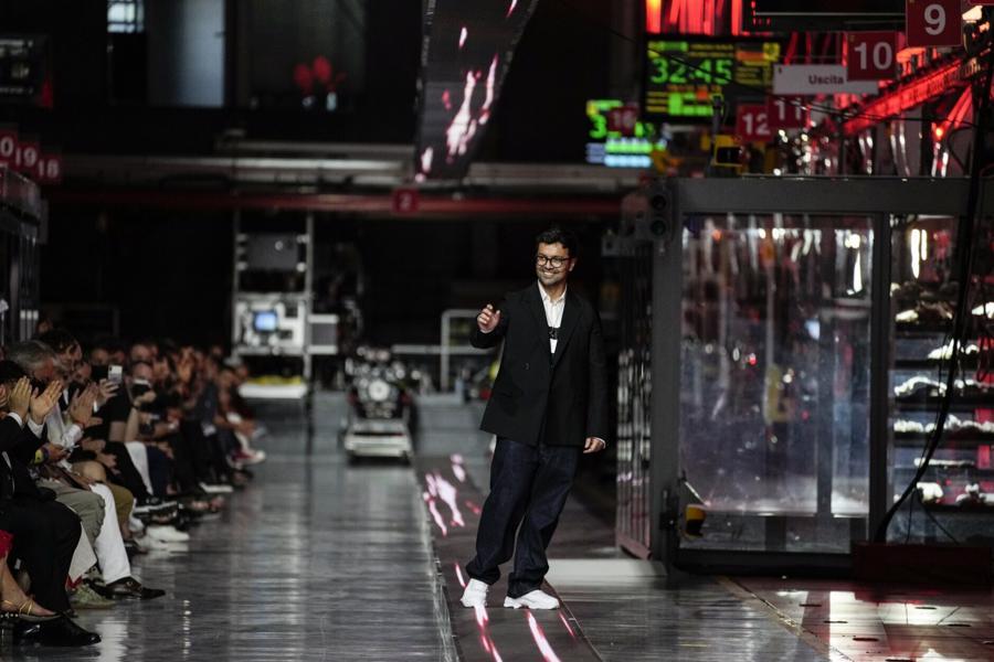 Mục tiêu của Ferrari và nhà thiết kế Rocco Iannone là muốn thu hút những khách hàng trẻ tuổi và phụ nữ.
