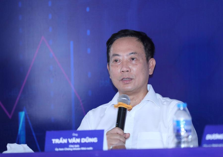 Ông Trần Văn Dũng, Chủ tịch UBCK Nhà nước chính thức lên tiếng xin lỗi nhà đầu tư.