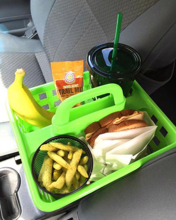 Những thứ không nên để trong xe ô tô ngày nắng nóng - Ảnh 1