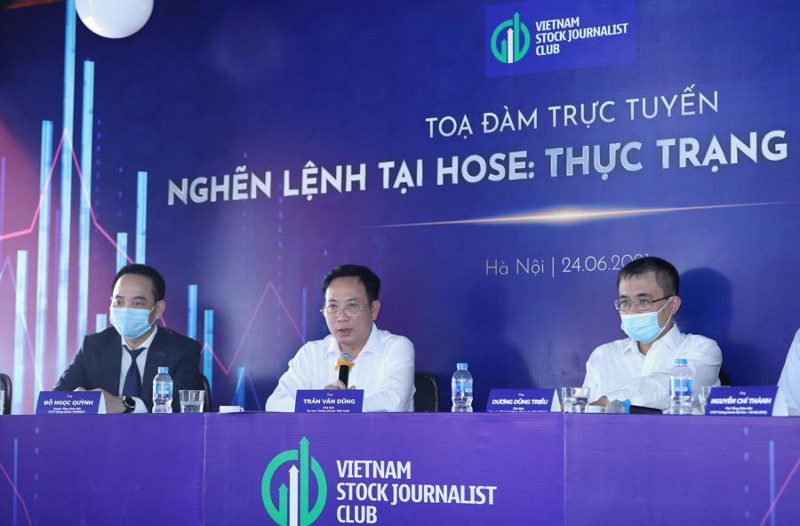 Các diễn giả phát biểu tại Toạ đàm ngày 24/6/2021. Ảnh: Quang Phúc.