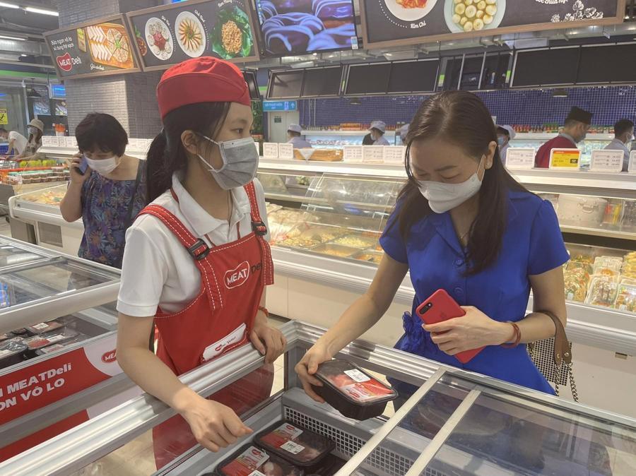 PGS.TS.Lê Thị Hồng Hảo, Viện trưởng Viện Kiểm nghiệm an toàn vệ sinh thực phẩm Quốc gia, tham dự Đại tiệc Buffet MEATDeli.