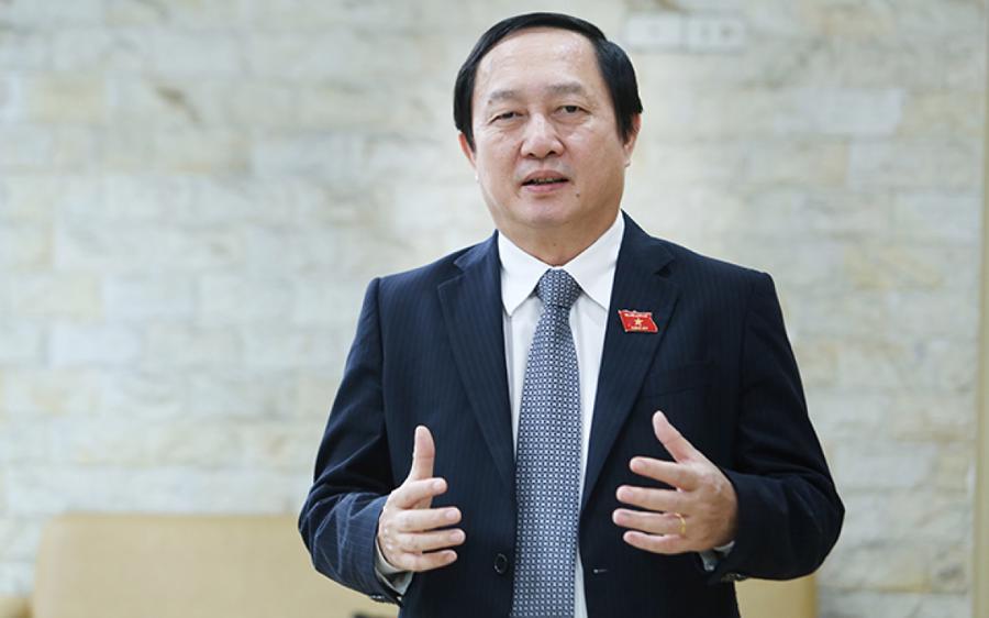 Bộ trưởng Huỳnh Thành Đạt