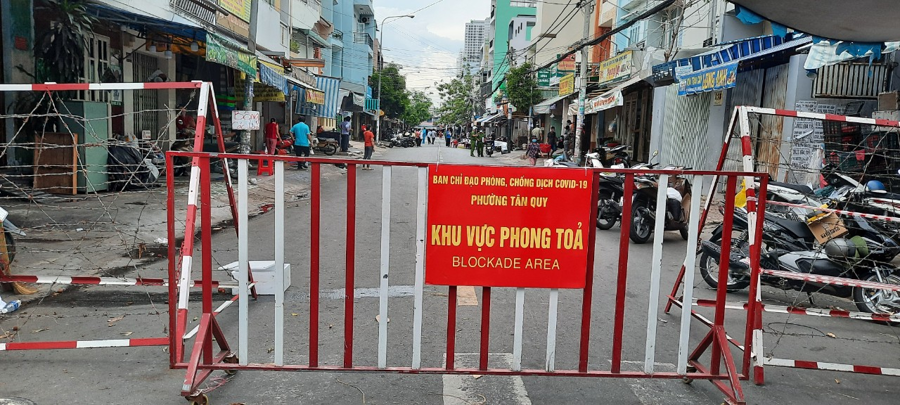 Phong tỏa khu phố thuộc phường Tân Quy (quận 7).