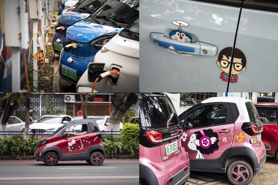 Xe điện mini tại các trạm sạc pin ở Liễu Châu - Ảnh: Bloomberg