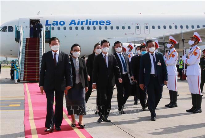 Tổng Bí thư, Chủ tịch nước Cộng hòa Dân chủ Nhân dân Lào Thongloun Sisoulith và Phu nhân cùng Đoàn đại biểu cấp cao Đảng và Nhà nước Lào thăm hữu nghị Việt Nam - Ảnh: TTXVN