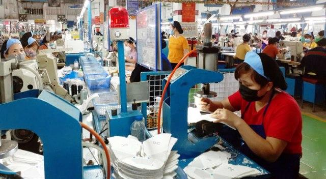 Theo Tổng cục Thống kê, quý 2/2021, tăng trưởng GDP của Việt Nam đạt 6,61%, tốc độ tăng trưởng GDP 6 tháng đầu năm đạt 5,64% - thấp hơn so với mức dự báo 5,8% - Ảnh: VGP