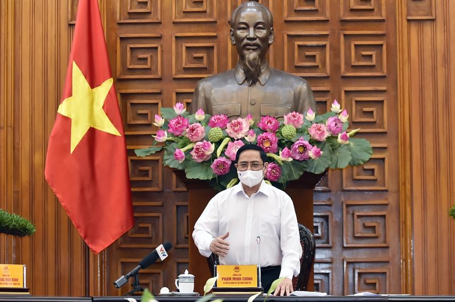 Trước đó,Thủ tướng Chính phủ Phạm Minh Chính yêu cầu có vaccine Covid-19 sản xuất trong nước chậm nhất vào tháng 6/2022 - Ảnh: VGP