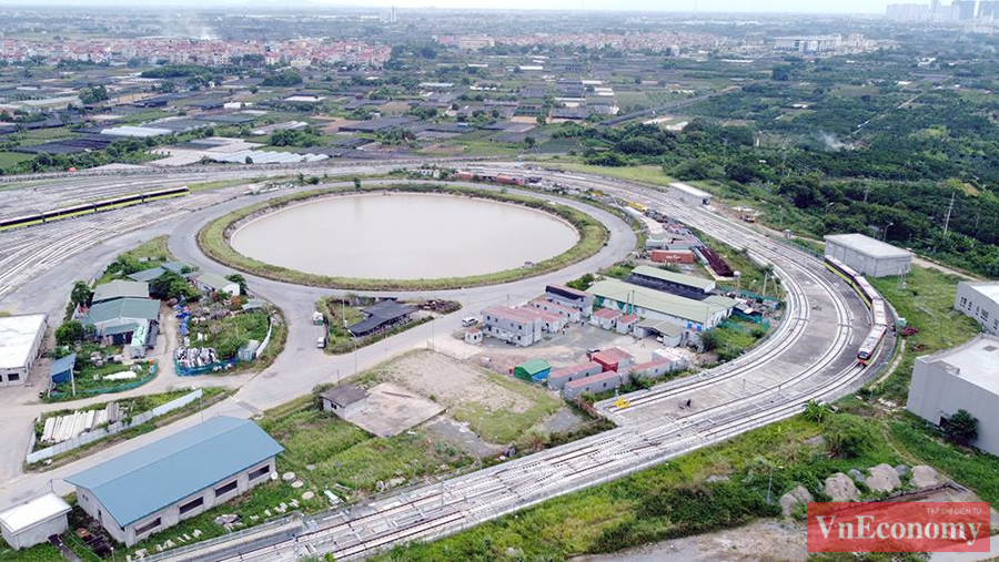 Cận cảnh đoàn tàu metro Nhổn - ga Hà Nội chạy thử nghiệm an toàn - Ảnh 5