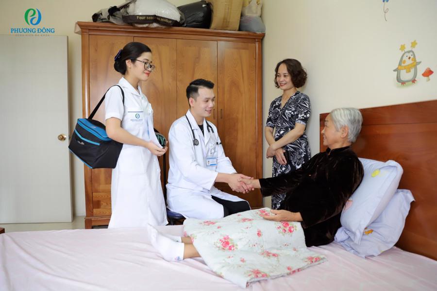 Dịch vụ khám bệnh tại nhà của Bệnh viện Đa khoa Phương Đông được đông đảo khách hàng tin chọn.