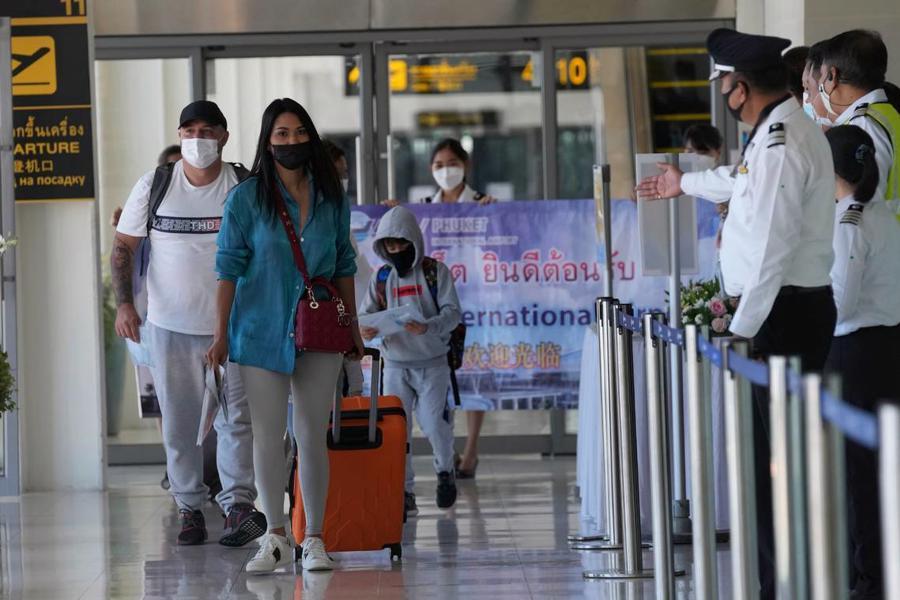 Các biện pháp nghiêm ngặt đã được áp dụng đối với việc mở cửa trở lại Phuket để đảm bảo kiểm soát dịch Covid-19.