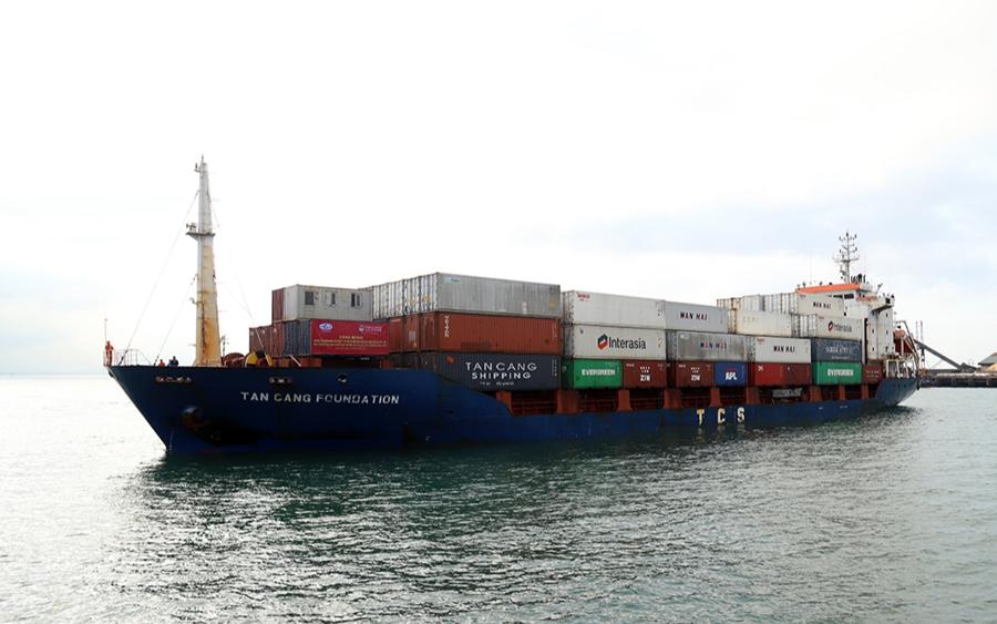 Trong tháng 5 và tháng 6/2021, đã có 5 chuyến tàu container cập cảng Vũng Áng để xuất/nhập hàng.