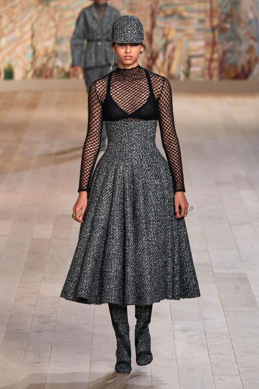 Dior trình diễn BST Haute Couture Thu Đông 2021 - 2022 - Ảnh 1