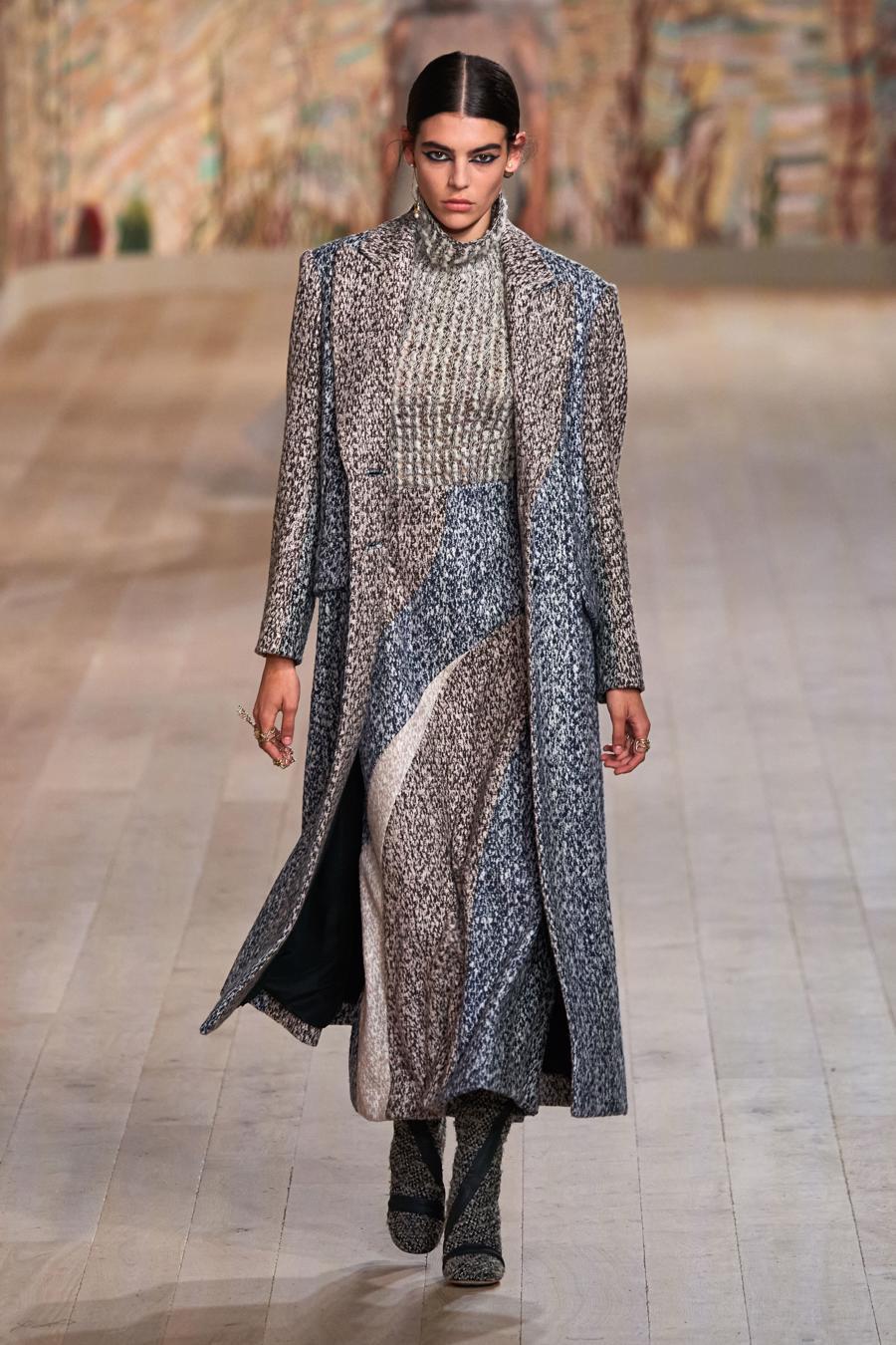 Dior trình diễn BST Haute Couture Thu Đông 2021 - 2022 - Ảnh 12