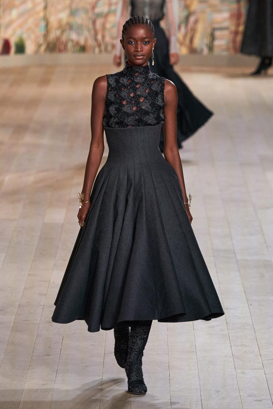 Dior trình diễn BST Haute Couture Thu Đông 2021 - 2022 - Ảnh 9