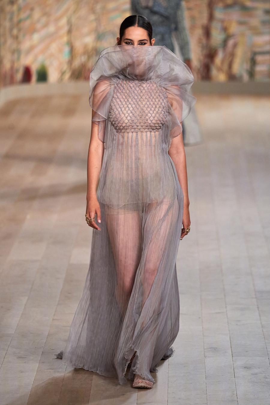 Dior trình diễn BST Haute Couture Thu Đông 2021 - 2022 - Ảnh 10