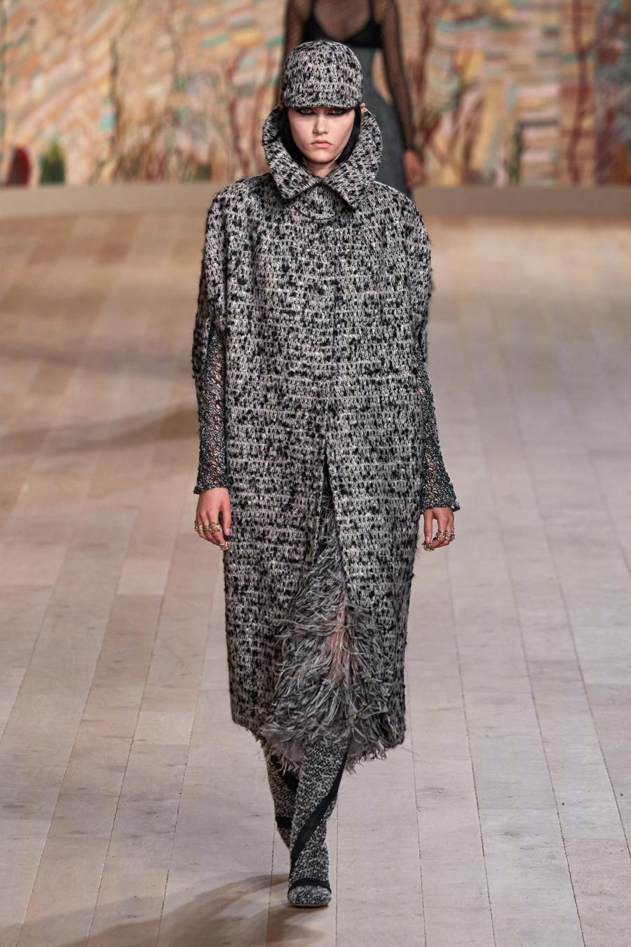 Dior trình diễn BST Haute Couture Thu Đông 2021 - 2022 - Ảnh 2