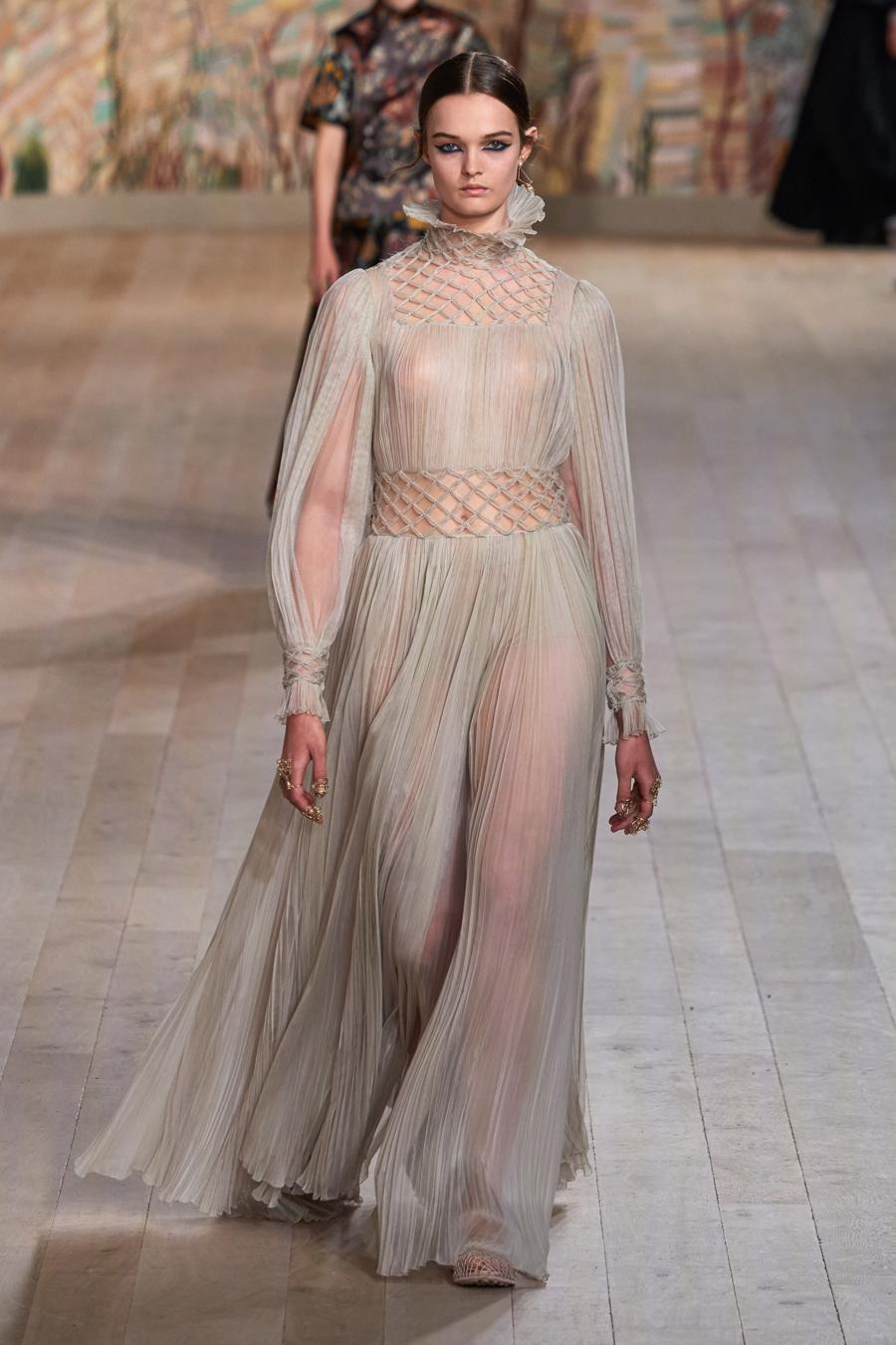 Dior trình diễn BST Haute Couture Thu Đông 2021 - 2022 - Ảnh 6