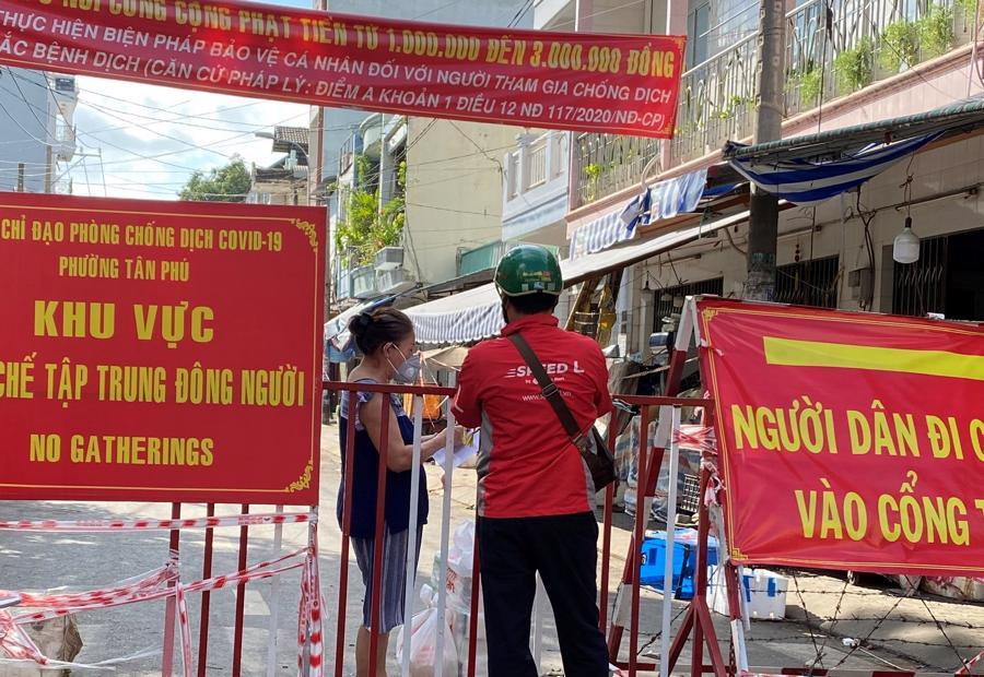 Chợ truyền thốngnếu không đảm bảo các tiêu chí an toàn phòng, chống dịch thì tạm thời đóng cửa.