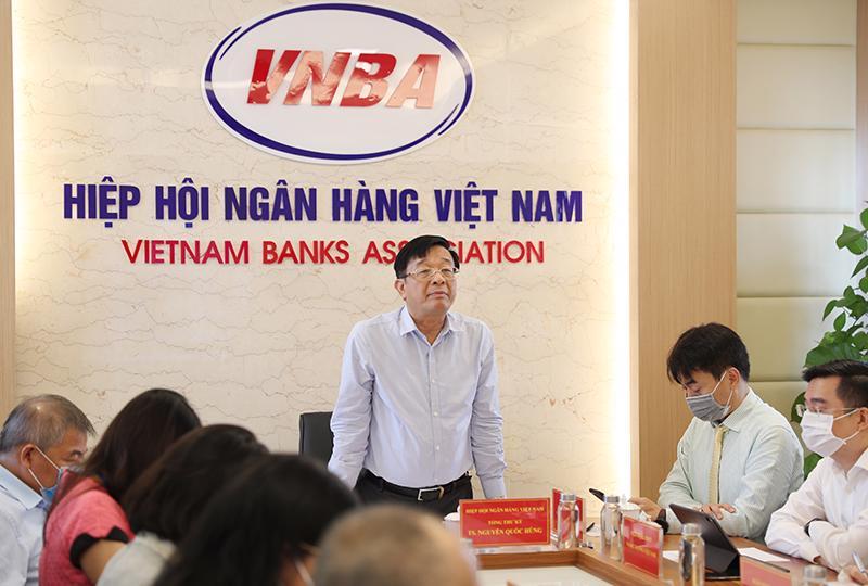 Ông Nguyễn Quốc Hùng, Tổng Thư ký Hiệp hội Ngân hàng Việt Nam nhấn mạnh, dù hỗ trợ doanh nghiệp, hỗ trợ nền kinh tế vượt qua khó khăn nhưng các ngân hàng vẫn phải đảm bảo an toàn hệ thống một cách cao nhất