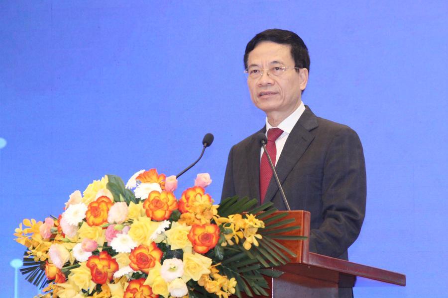 Bộ trưởng Nguyễn Mạnh Hùng: Báo chí phải làm ngược và vừa làm giống, vừa làm khác với mạng xã hội - Ảnh 2