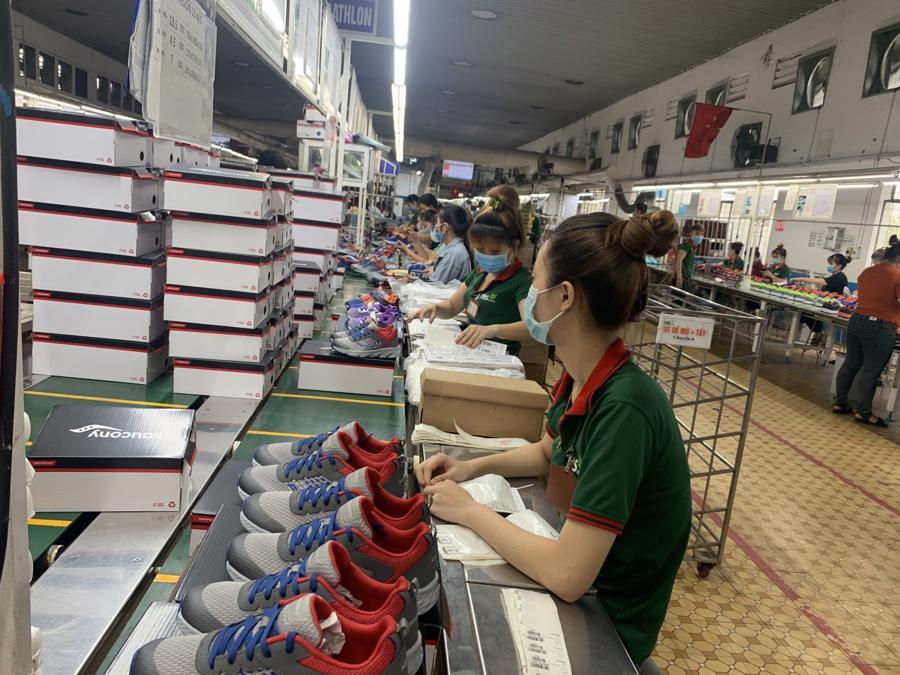 Điều lo ngại nhất thời điểm hiện tại là ngành da giày phải đảm bảo an toàn cho sản xuất trong nước.