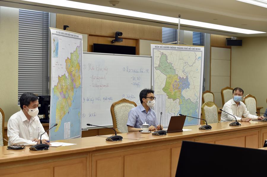 Phó Thủ tướng Vũ Đức Đam tại cuộc họp chiều 17/7 - Ảnh: VGP.