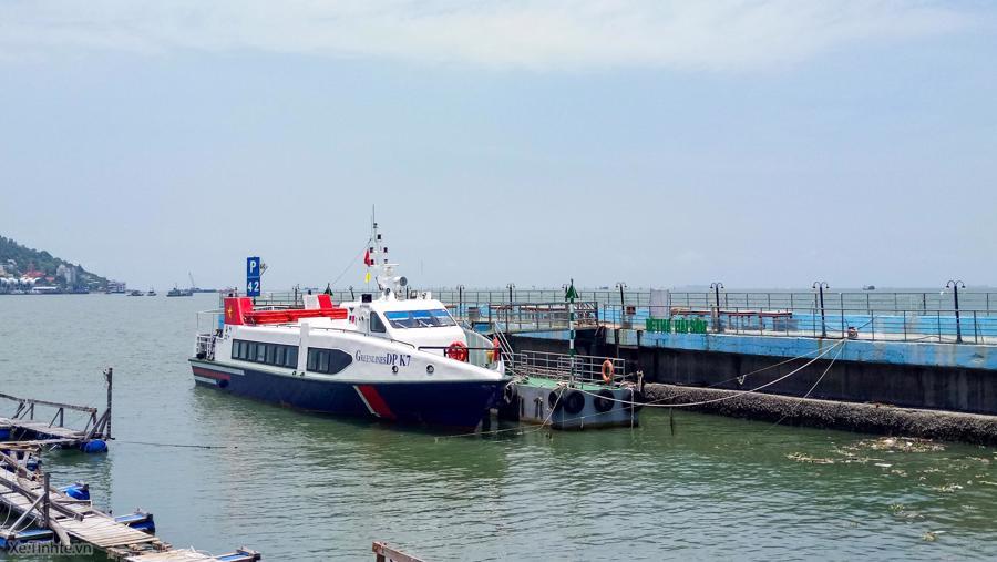 Sở GTVT cố gắnggiữa tuần sau sẽ hoàn thành các công việc để tàu cao tốc có thể vận hành chở rau, củ từ miền Tây về Tp.HCM phục vụ người dân.