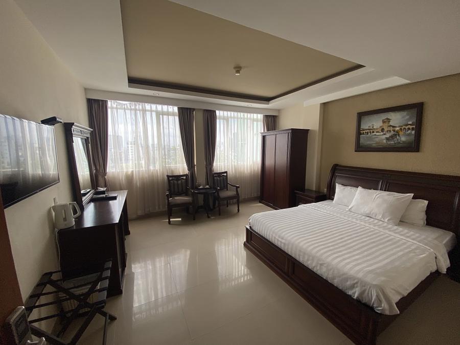 Nhiều khách sạn đangdùng toàn bộ phòng nghỉ làm chỗ ở miễn phí cho lực lượng tuyến đầu chống dịch.