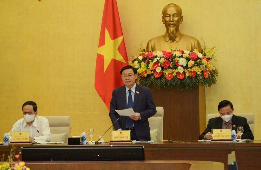 Chủ tịch Quốc hội Vương Đình Huệ tại cuộc họp - Ảnh: Quochoi.vn