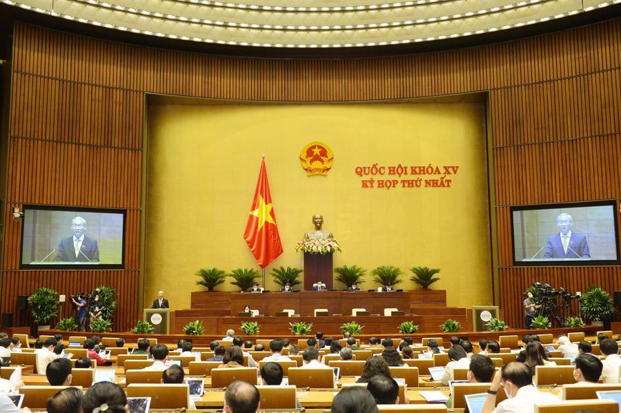 Toàn cảnh phiên họp sáng 24/7 - Ảnh: Quochoi.vn