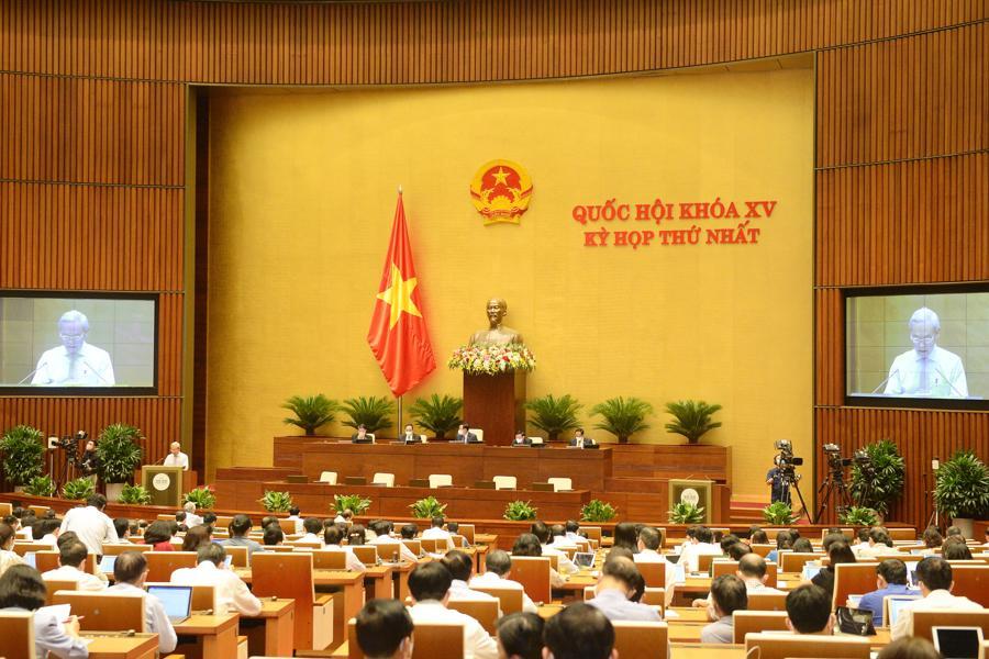 Quốc hội nghe báo cáo thẩm tra về công tác thực hành tiết kiệm, chống lãng phí năm 2020 - Ảnh: Quochoi.vn