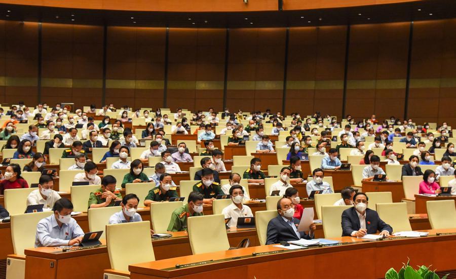 Các đại biểu tại phiên thảo luận sáng nay - Ảnh: Quochoi.vn