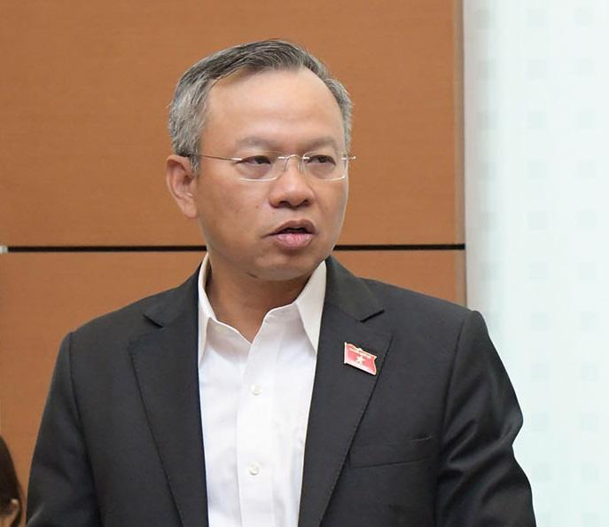 Đại biểu Nguyễn Mạnh Tiến, Đoàn Tây Ninh, Phó Chủ nhiệm Ủy ban Đối ngoại của Quốc hội.