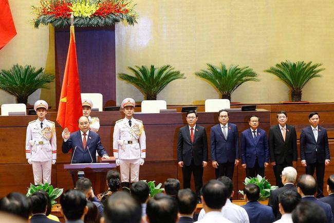 Chủ tịch nước tuyên thệ nhậm chức trước Quốc hội, đồng bào và cử tri cả nước - Ảnh: VTV