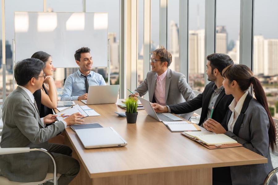 """Với thuê ngoài tính lương và thuê ngoài nhân sự, bộ phận HR tự tin """"ghi điểm"""" trong mắt lãnh đạo và trong lòng nhân viên."""