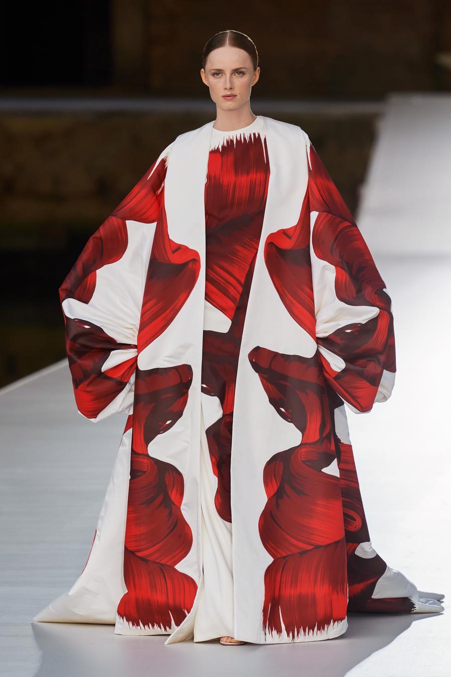 Valentino Couture Thu Đông 2021: cảm nhận những sắc màu - Ảnh 9